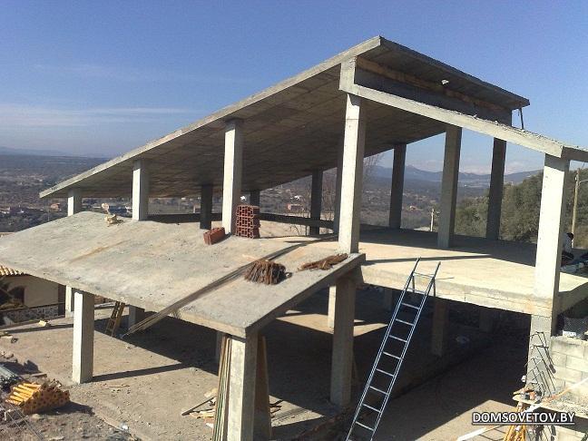 монолитная крыша дома